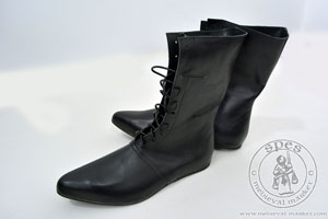 In stock - Medieval Market, High lace-up medieval boots with a shiny sole - stock
